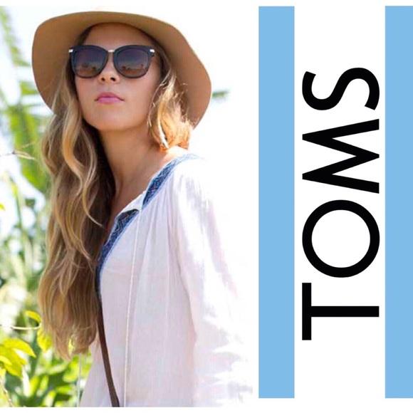 32cfd545c657 TOMS The Adeline Tortoiseshell Sunglasses. M_5b7a1733e9ec898b1b767af3
